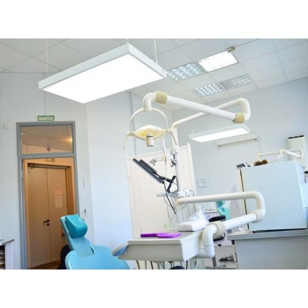 ДентЛайт - бестеневой LED светильник для клиники