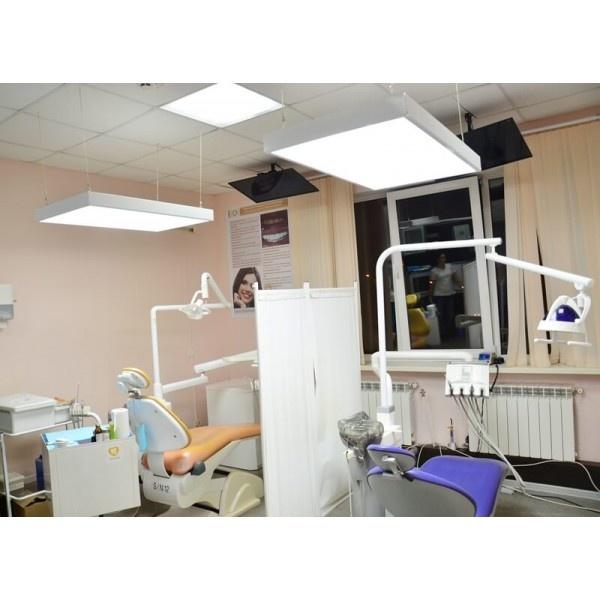 ДентЛайт Эко - бестеневой LED светильник для клиники